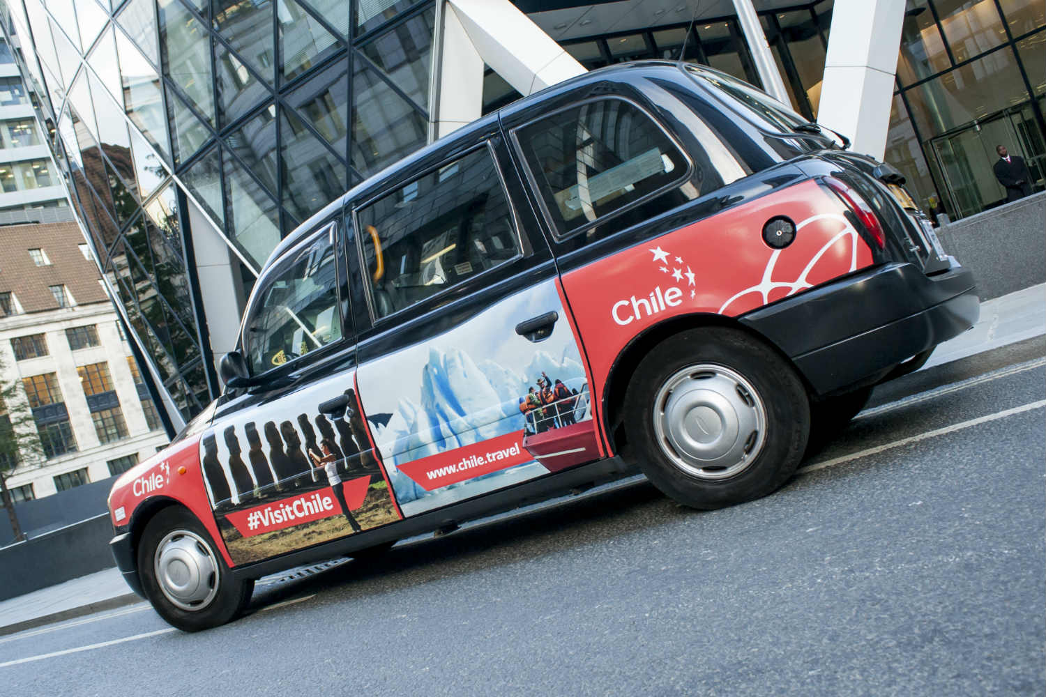 visit chile taxi advertising campaign in london